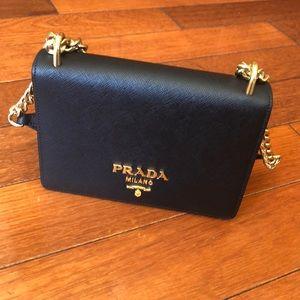 Prada Bags - Sale 🎉 Authentic Prada leather chain shoulder bag d0bb6e8ccbcc4